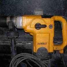 Rotopercutor Dewalt D25600 SDS max