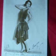 Fotografie cu autograf a Actritei SUA- Sharon Lynn, circulat la Zimnicea