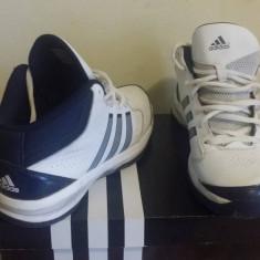 Adidas White Isolation-marimea 42 2/3 - Adidasi barbati, Culoare: Alb