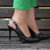 Sanda casual-elegant cu toc inalt, de culoare neagra, lucioasa (Culoare: NEGRU, Marime: 37) - Pantof dama