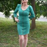 Rochie tinereasca verde, croi cambrat pe silueta si maneca lunga (Culoare: VERDE, Marime: 38) - Rochie de zi, Poliester