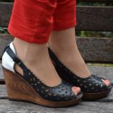 Sanda tip pantof cu talpa ortopedica, neagra, cu varf decupat (Culoare: NEGRU, Marime: 39)
