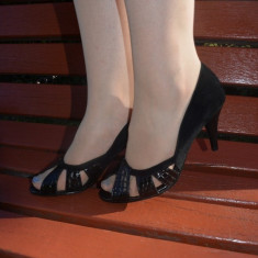 Pantof casual-elegant, culoare neagra, cu aspect de catifea in spate (Culoare: NEGRU, Marime: 36)