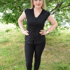 Camasa neagra cu dantela fina, masura mare cu maneci scurte (Culoare: NEGRU, Marime: 44)