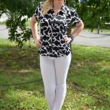Camasa trendy cu maneca scurta si guler ascutit, nuanta negru-alb (Culoare: NEGRU-ALB, Marime: 44)