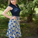 Fusta tinereasca cu lungime medie si model in clos, albastra (Culoare: ALBASTRU, Marime: 50)