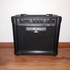 Amplificator Combo Behringer V-Tone GM108 True Analog Modeling 15-Watt - Amplificator Chitara
