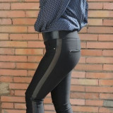 Pantalon negru din material usor elastic, masura mare, model lung (Culoare: NEGRU, Marime: 42)