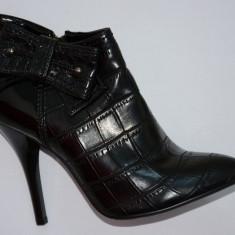 Botina neagra, cu design de piele de sarpe si funda aplicata (Culoare: NEGRU, Marime: 37)