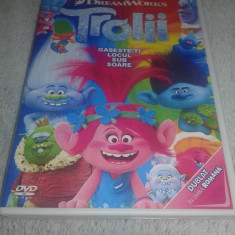 TROLII ( Trolls ) - DVD Desene Animate Dublat in Limba Romana, dream works