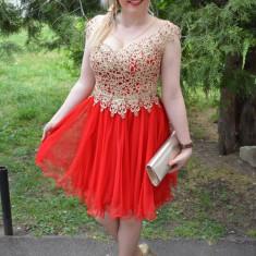 Rochie de nunta cu aspect evazat, din tul rosu si dantela aurie (Culoare: ROSU, Marime: 38)
