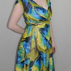 Rochie usoara cu lungime medie, verde, material de calitate (Culoare: VERDE, Marime: 40) - Rochie de zi, Scurta, Poliester