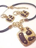 Set bijuterii dama-cercei si lantisor-placat cu Aur galben 18k si rashina maro