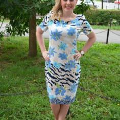 Rochie de zi masura mare, imprimeu floral de nuanta albastra (Culoare: ALBASTRU, Marime: 46), Scurta, Poliester