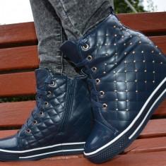 Pantof modern cu platforma imbracata, nuanta bleumarin cu tinte (Culoare: BLEUMARIN, Marime: 38)