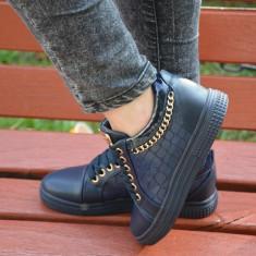 Pantof confortabil de nuanta bleumarin cu insertie de lant auriu (Culoare: BLEUMARIN, Marime: 38)