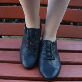 Pantof in tendinte, de culoare negru mat cu design de patratele (Culoare: NEGRU, Marime: 37) - Pantofi barbat