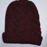 Caciula trendy din material tricotat cu model impletit, marsala (Culoare: MARSALA) - Caciula Dama