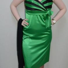 Rochie moderna, nuanta de verde, decolteu in V (Culoare: VERDE, Marime: 40) - Rochie de seara