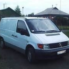 Dezmembrez Mercedes Vito an 1997 2.3 diesel - Dezmembrari Mercedes-Benz