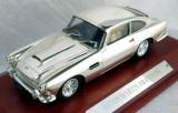 IXO ( Atlas editions ) Aston Martin DB4  ( chromed ) 1958  1:43
