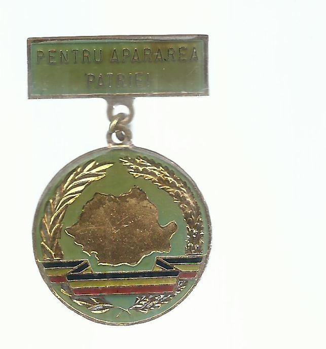 INSIGNA PIONIERI - PENTRU APARAREA PATRIEI