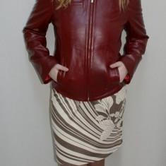 Jacheta din piele naturala, nuanta de visiniu, buzunare laterale (Culoare: VISINIU, Marime: M-38) - Jacheta dama
