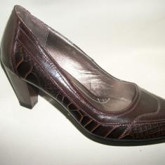 Pantof comod de primavara, culoare maro, toc de inaltime medie (Culoare: MARO, Marime: 37) - Pantof dama