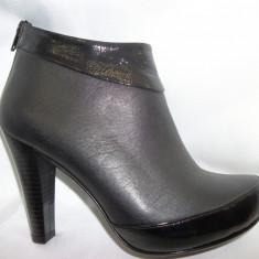 Botina casual, cu toc inalt si platforma ascunsa, nuanta neagra (Culoare: NEGRU, Marime: 35) - Botine dama