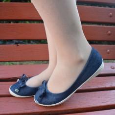 Balerin in tendinte, de culoare bleumarin, din material de blug (Culoare: BLEUMARIN, Marime: 38)