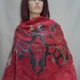 Esarfa rafinata cu aspect transparent si imprimeu rosu pe margini (Culoare: ROSU) - Esarfa, Sal Dama