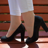 Pantof tineresc aspect modern, patratele lucioase pe fond negru (Culoare: NEGRU, Marime: 40) - Pantof dama