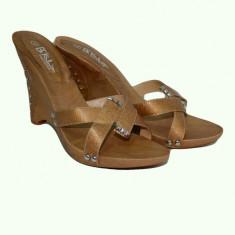 Sanda tip sabot, talpa ortopedica din lemn, barete lucioase maro (Culoare: MARO, Marime: 40) - Sandale dama