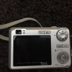 Camera foto CASIO Exilim 7.2 megapixeli cu husa case logic - Aparat Foto compact Casio