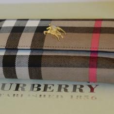 Portofel Burberry Dama - Portofel Dama, Culoare: Din imagine, Cu fermoar