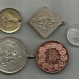 Medalioane religioase si medalii, super pret.