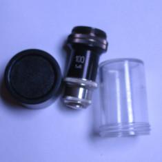 Un obiectiv Meopta 100x pt. microscop; este in stare buna,