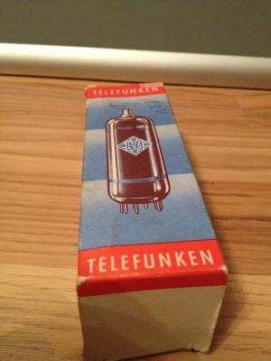 Lampa Radio/Tv - model PY 500A - Telefunken - Noua (in cutie)-made in Germany foto