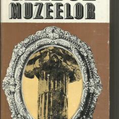 GHIDUL MUZEELOR - A.STEFANESCU - Carte poezie