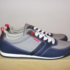 Adidasi Levis 224651 781 55 - Sneakers - Shoes nr. 41 - Adidasi barbati Levi S, Culoare: Din imagine, Textil