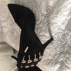 Pantofi Guess piele întoarsă - Pantof dama Guess, Culoare: Negru, Marime: 38