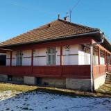 Vand casa si teren in Bucsoaia jud.Suceava - Casa de vanzare, 110 mp, Numar camere: 4, Suprafata teren: 1000