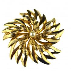 Brosa placata aur, gold plated 18 k, statement, semnata designer Sphinx, vintage - Brosa placate cu aur