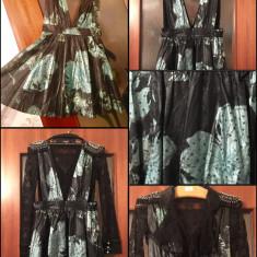 Îmbrăcăminte de Damă