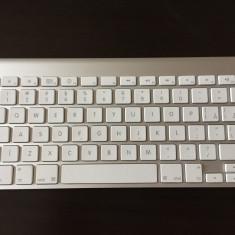 Tastatură Apple Wireless Keyboard (SE MC184) cu taste în limba română - Tastatura laptop