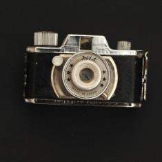 Pachet aparatura foto - Aparat Foto cu Film Fujifilm