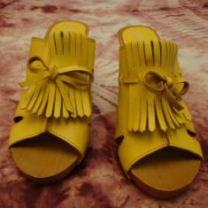 Saboti/ Papuci dama NOI, galbeni, mar 38, platforma, toc, 2 modele - Sabot dama