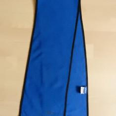 Fular Asics; 117 cm lungime, 20 cm latime; impecabil, ca nou - Imbracaminte outdoor