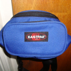 Borseta Eastpak, 3 compartimente. - Borseta Barbati