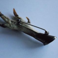 Insigna vanatoare argint -gheara de rapitor -817